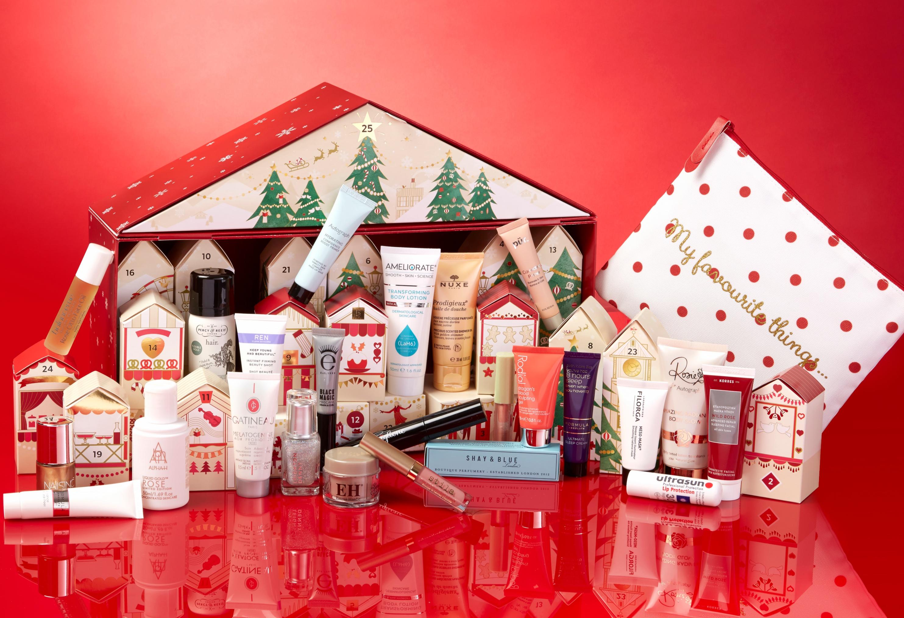 Купить новогоднюю косметику пудра люкс эйвон чистый шелк